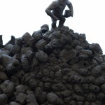 Irja Syvertsen - 'De Koppenberg', zwartbakkende aarde, 30 cm hoog, 2013